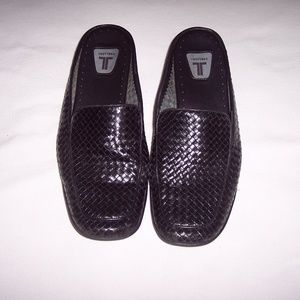Trotters Woven Black Leather Career Mules Size 9M